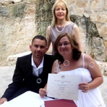 affordable budget marriage celebrant sydney