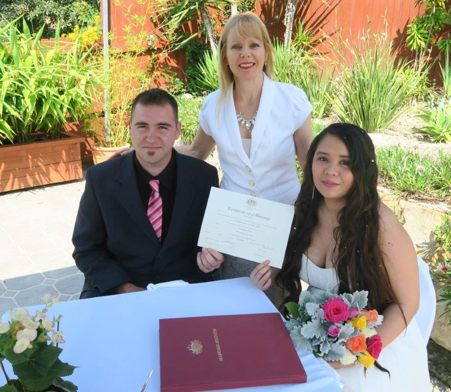 affordable marriage celebrant Sydney at home
