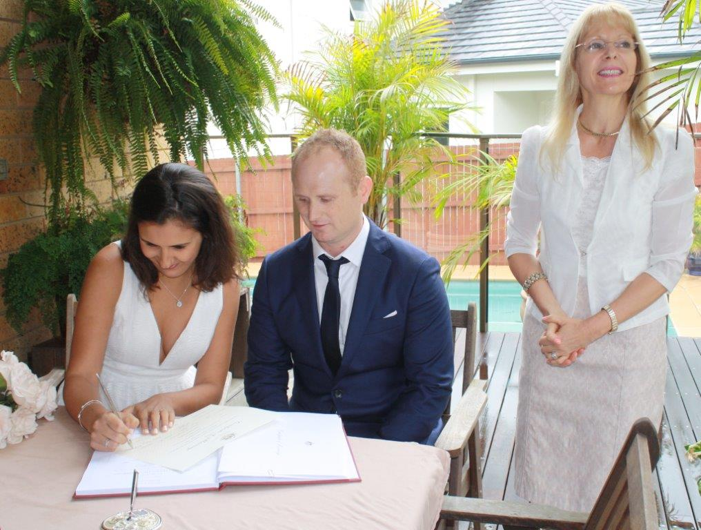 cheap wedding ceremony celebrant Sydney