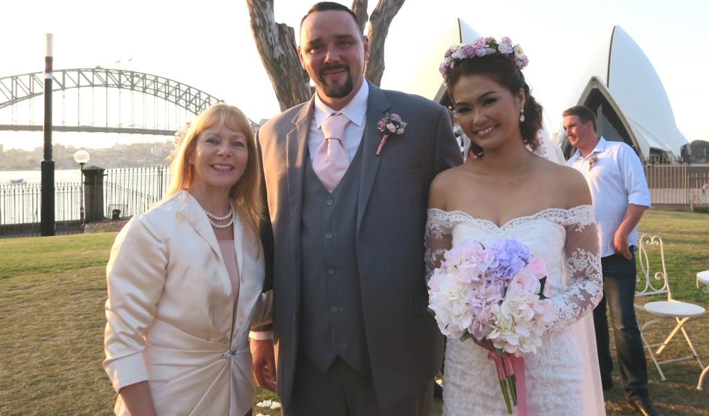 Bennelong Lawn wedding, Sydney Marriage Celebrant