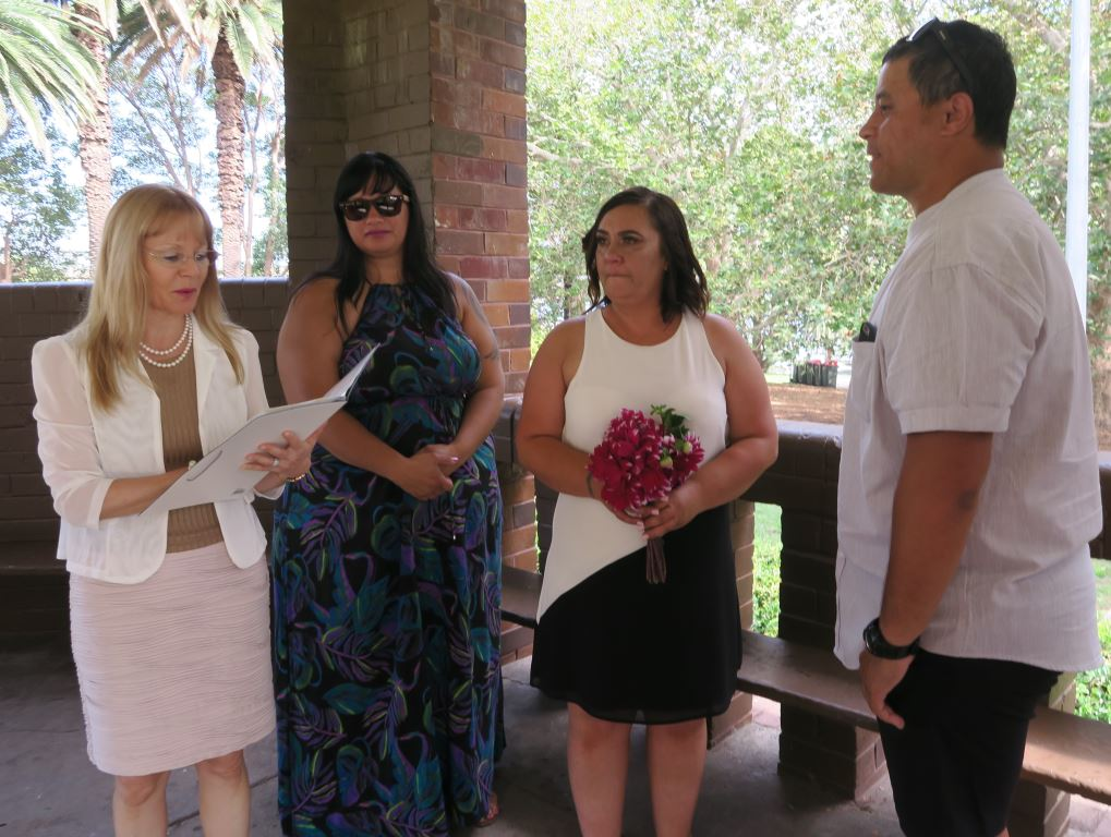Wedding Elkington park, Sydney Marriage Celebrant