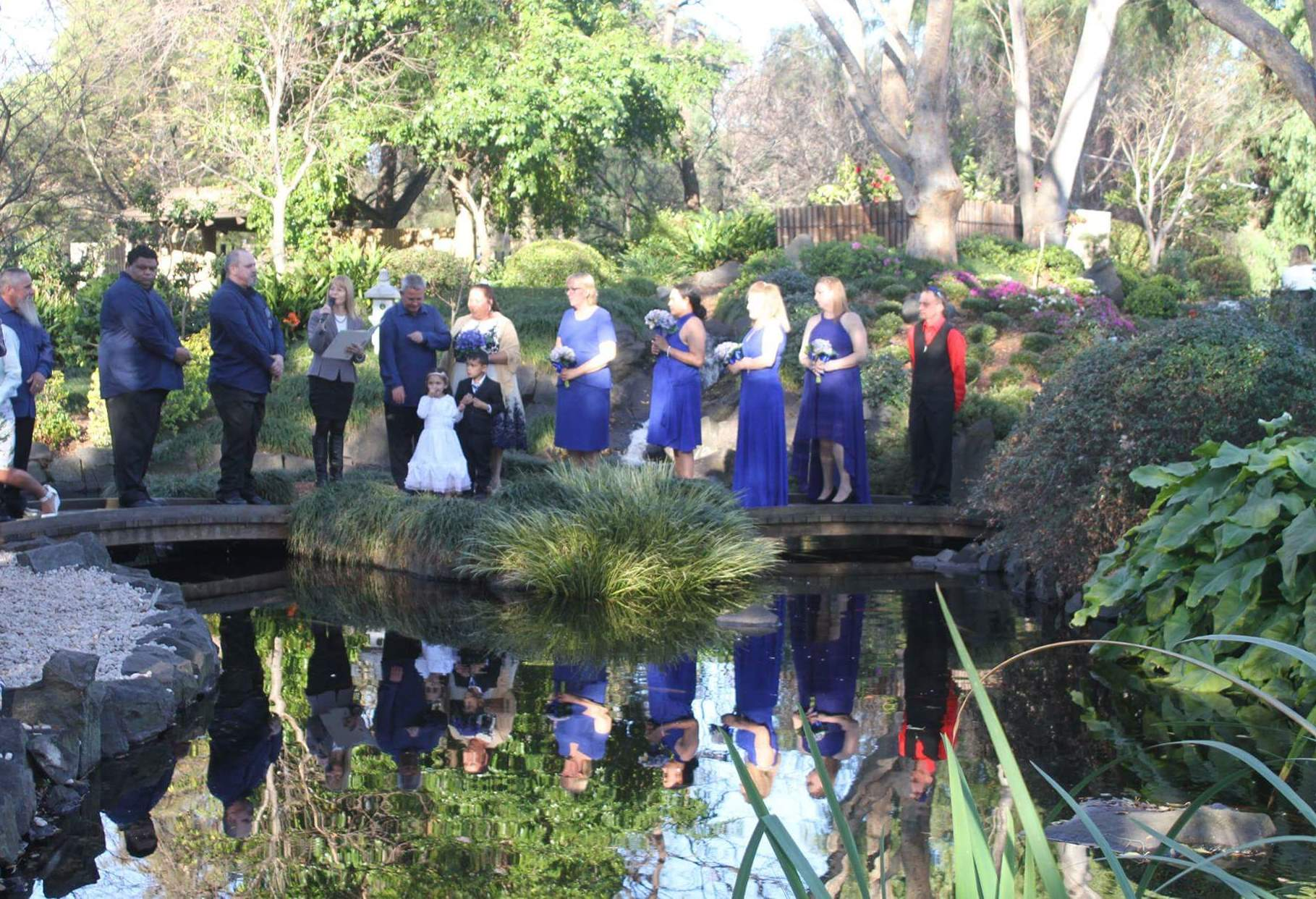 Weddings celebrant at japanese garden campbelltown
