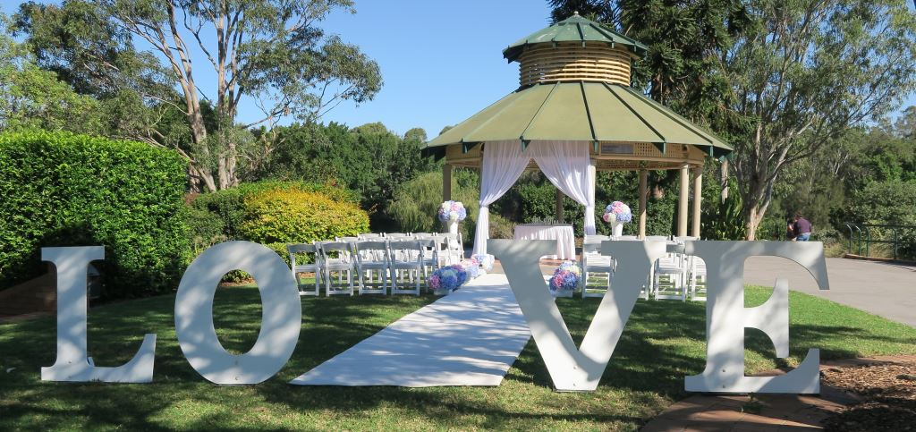 bungarribee pavilion wedding, Sydney Marriage Celebrant
