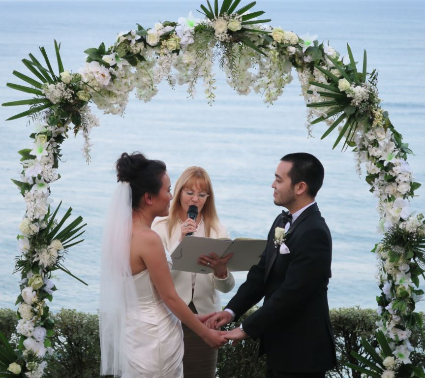 celebrant for weddings at Jona's whale beach